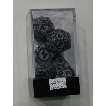 SET 7 DADOS TECH DICE GRIS Y NEGRO