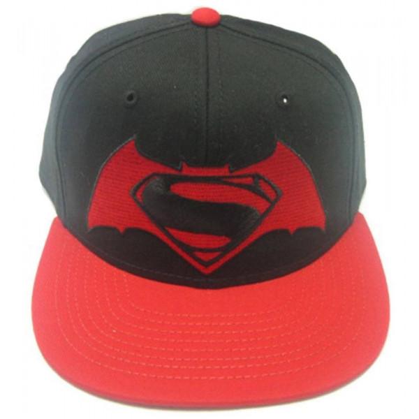GORRA NEGRA LOGO BATMAN V SUPERMAN