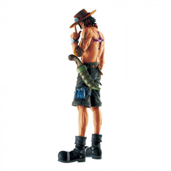 FIGURA PORTGAS D. ACE MEMORY 26 cm. ONE PIECE