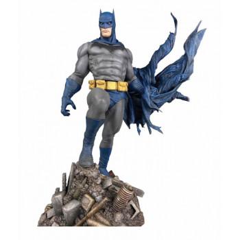 DIORAMA BATMAN DEFIANT DC...