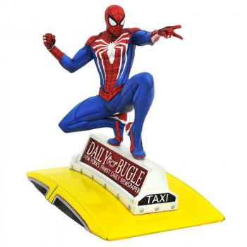 ESTATUA SPIDER-MAN EN TAXI...