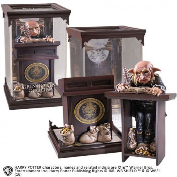 ESTATUA GRINGOTTS GOBLIN MAGICAL CREATURES. HARRY POTTER